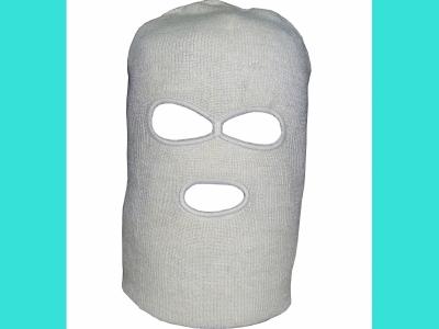 Шлем маска вязанная с прорезью для глаз и рта белая, 65082