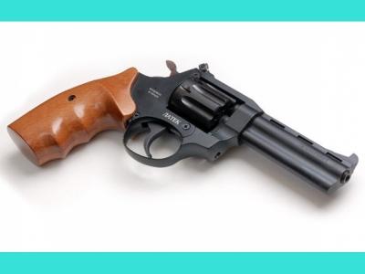 Револьвер Сафари РФ-441М (буковая рукоять)