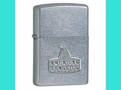 Зажигалка Zippo 24363  207 AMERICAN CLASSIC STREET CHROME